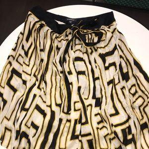 BEBE Silk Skirt Size: Small